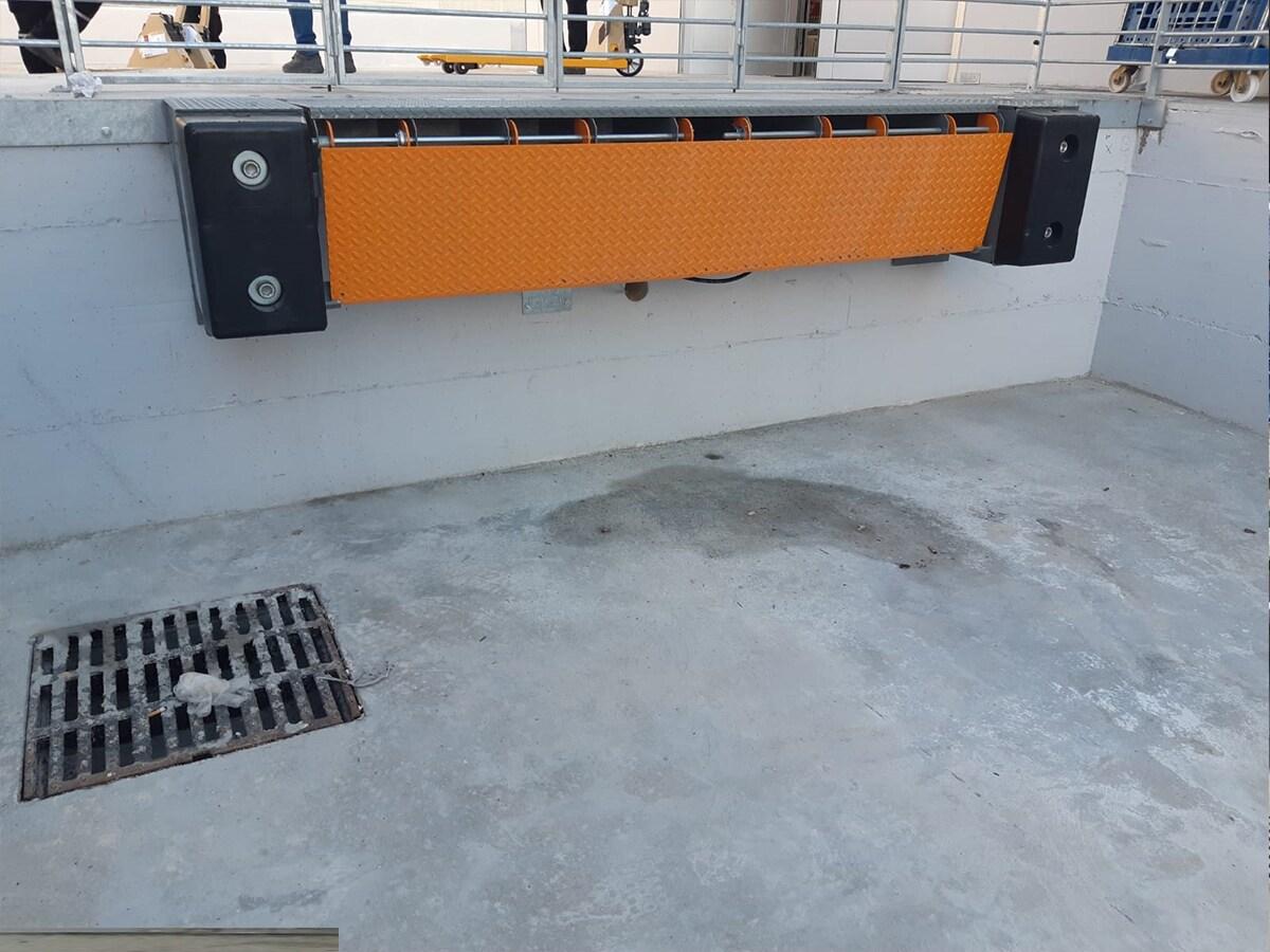 ATTREZZATURE PER LA LOGISTICA – Minirampe e Pedane in Alluminio