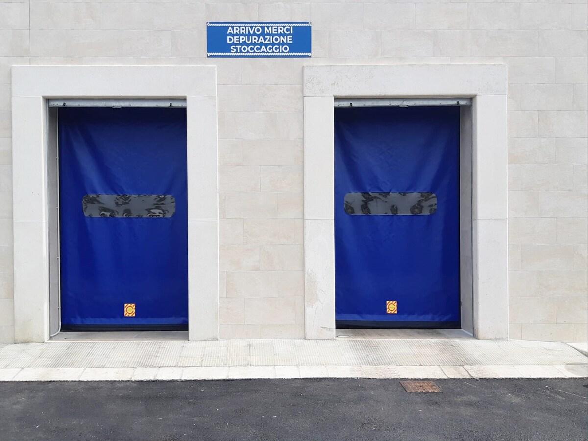 PORTE AUTOMATICHE INDUSTRIALI RAPIDE E FLESSIBILI IN PVC – Porte ad Avvolgimento Autoriparante in Alluminio